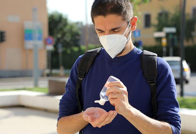 mascherine e gel per distributori automatici - prevenzione uomo