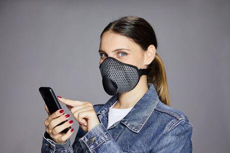 mascherina e distanziamento sociale