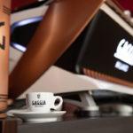 Gaggia La Reale macchina da caffè per bar e caffetterie, vista tazzina di caffè